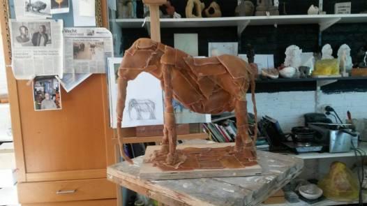 burney bavelaar - bijzondere urn - olifant